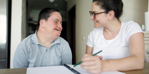 Praxisintegrierte Ausbildung als Heilerziehungspfleger*in (m/w/d)